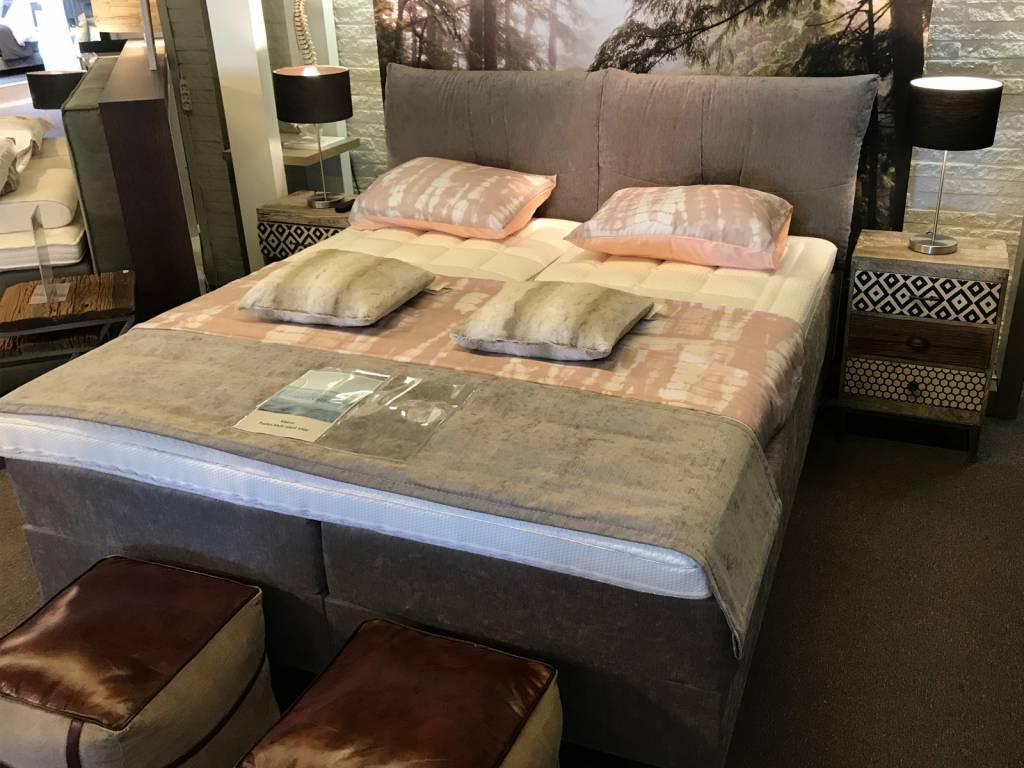 skagen-beds-boxspring-likan-showroom